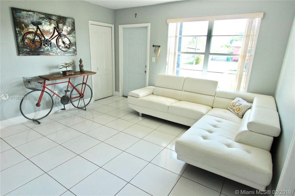 11821 Sw 172nd St, Miami, FL 33177
