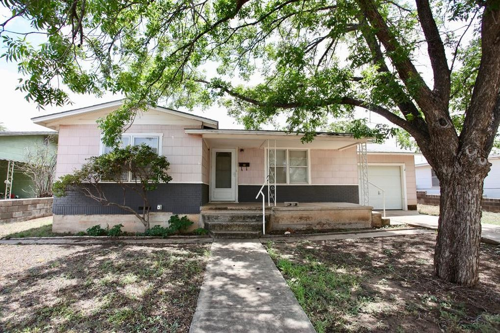 0327d0246676 1608 E 17th St, Big Spring, TX 79720 - realtor.com®