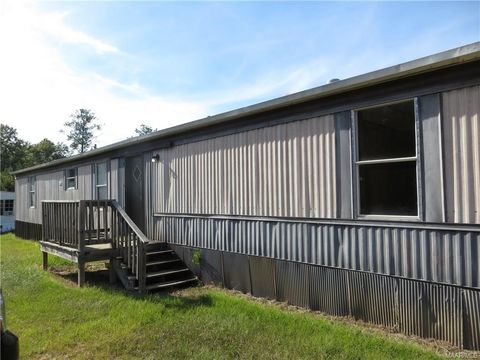 583 Quail Ridge Rd, Greenville, AL 36037