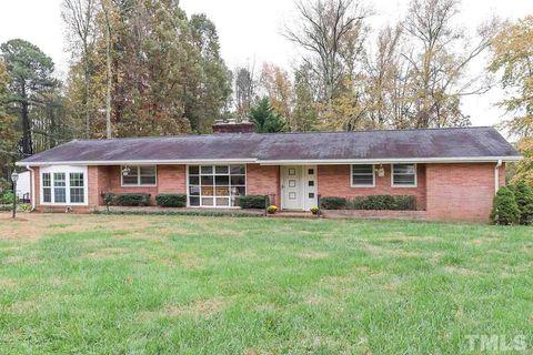 Photo of 123 Ridgeway Warrenton Rd, Warrenton, NC 27589