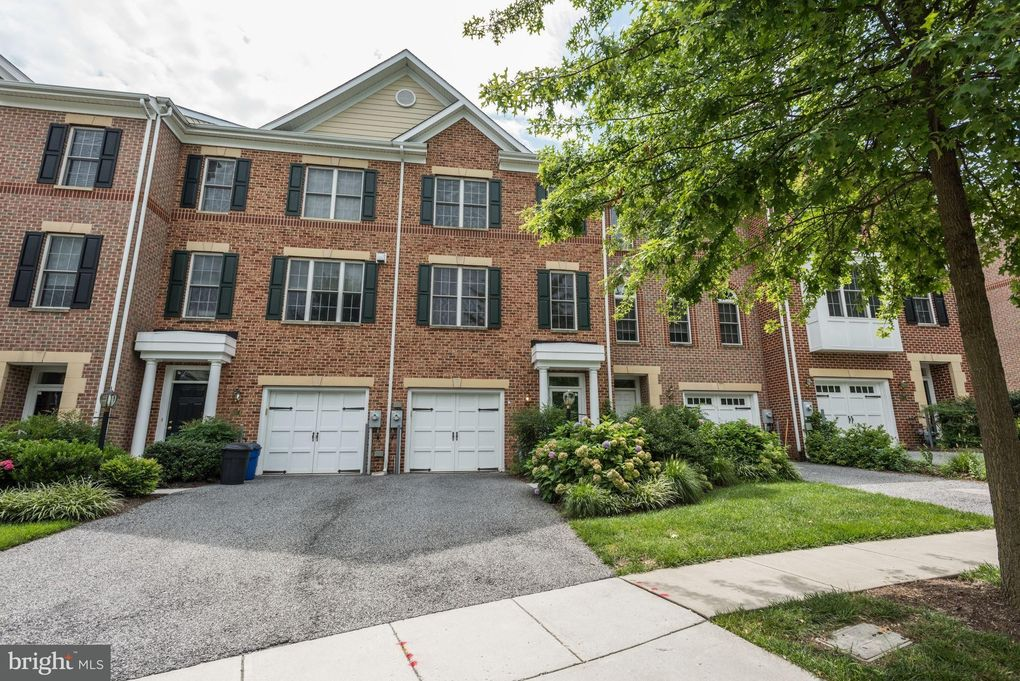 219 Anvil Way Baltimore, MD 21212