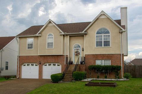 Photo of 6209 Rocky Top Dr, Antioch, TN 37013