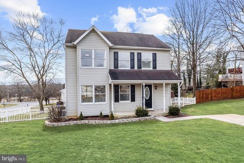 Photo of 24 Colliery Dr, Thurmont, MD 21788