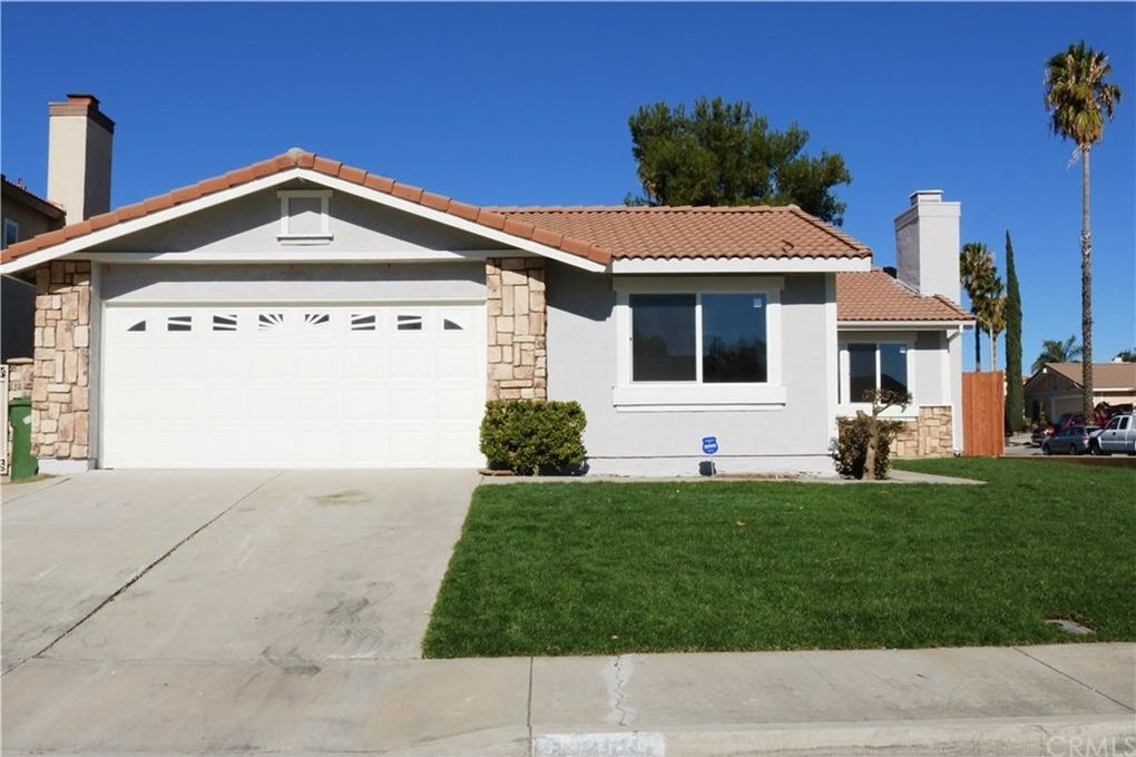 14259 Woodlark Ln, Moreno Valley, CA 92553
