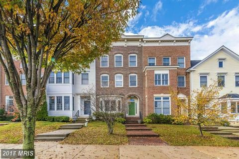 3860 Carriage Hill Dr, Frederick, MD 21704
