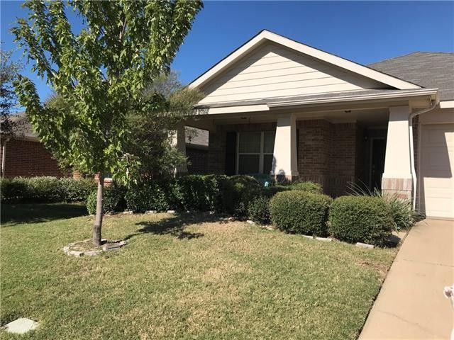 2005 Crosby Dr Forney, TX 75126