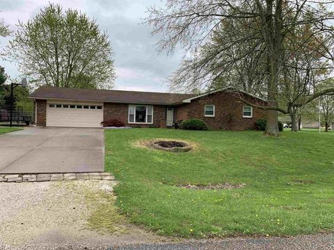 Photo of 4024 N Meadow Lark Ln, Jasper, IN 47546