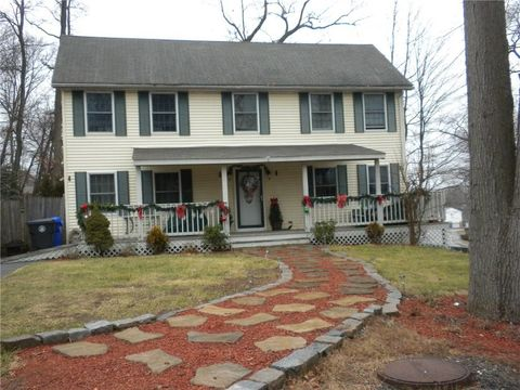 Photo of 3 Matteo Dr, North Providence, RI 02904