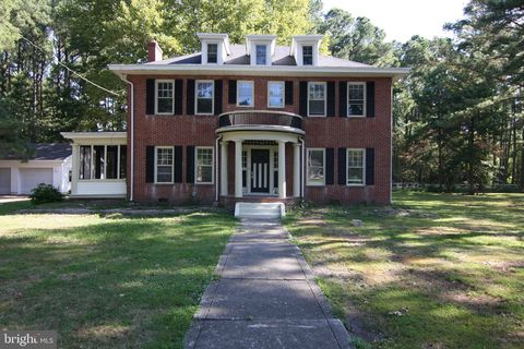 Photo of 26436 Main St Ext, Crisfield, MD 21817