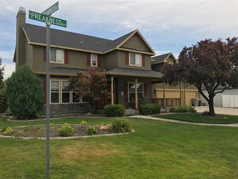 Nampa ID Homes With Special Features