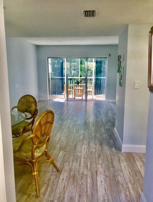 1810 New Palm Way Apt 214, Boynton Beach, FL 33435