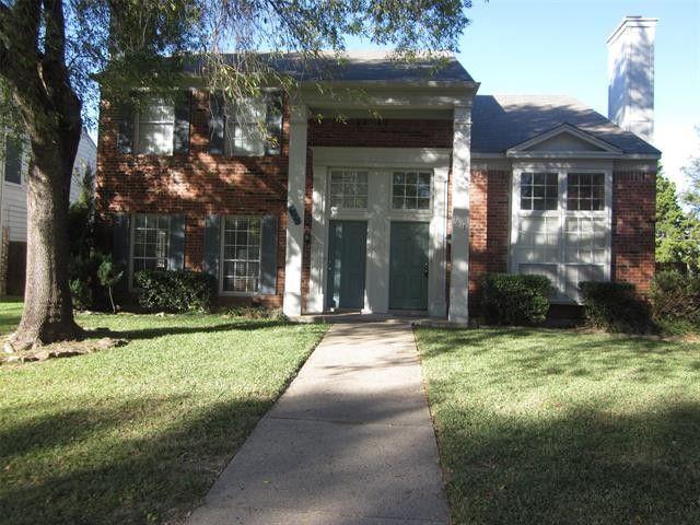 1617 Maybrook Ct Arlington, TX 76014
