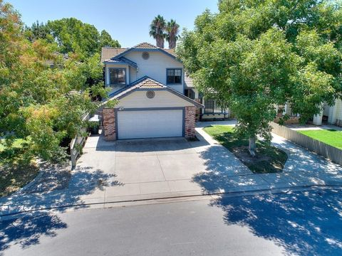 3016 Glen Meadow Ct Ceres CA 95307