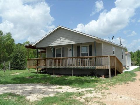 Photo of 172 Jim Bowie Dr, Paige, TX 78659