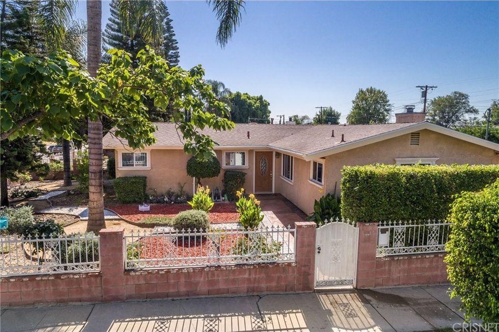 16756 Rinaldi St Granada Hills, CA 91344