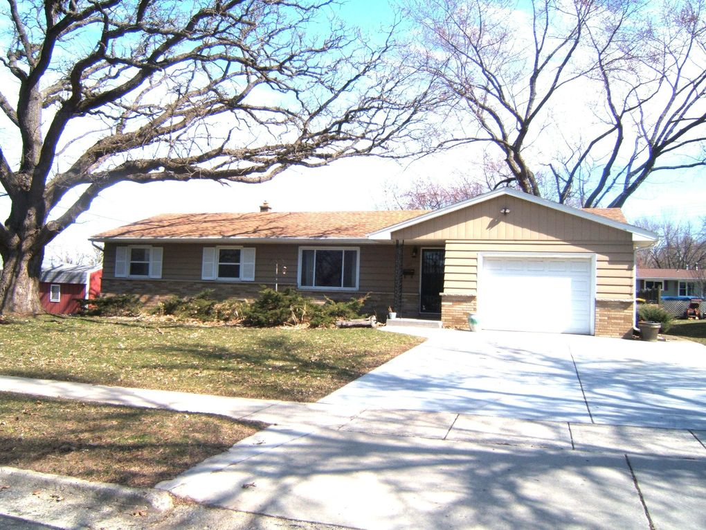 1111 Grove St Fort Atkinson, WI 53538
