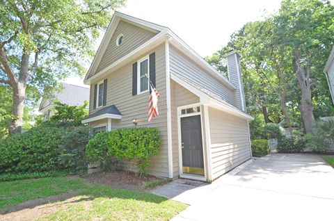 Photo of 978 Governors Rd, Mount Pleasant, SC 29464