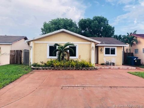 5109 Nw 195th Ln, Miami Gardens, FL 33055. House For Rent