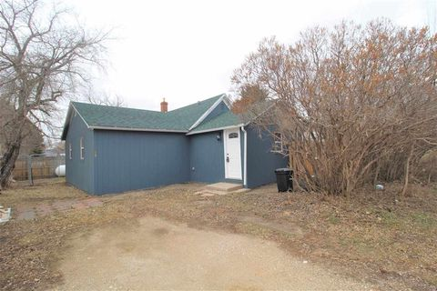 Photo of 206 3rd St Sw, Granville, ND 58741