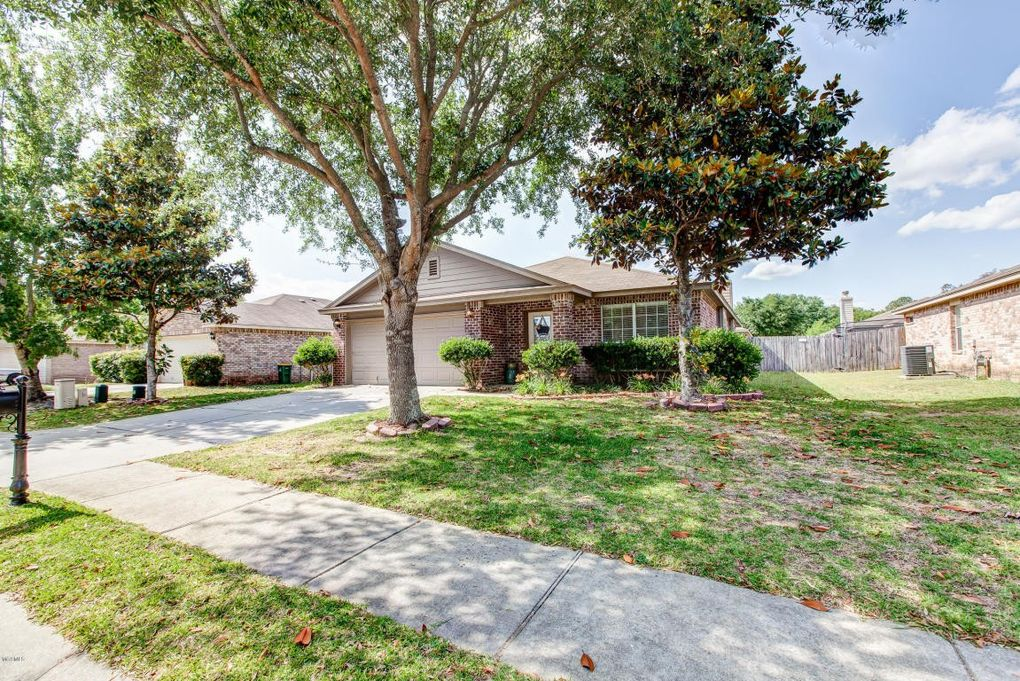 Beau 10219 English Manor Dr, Gulfport, MS 39503