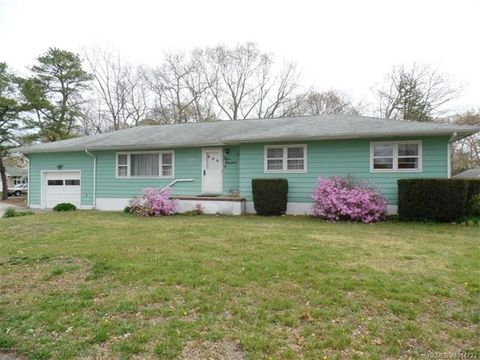 300 Chelsea St, Lacey Township, NJ 08731