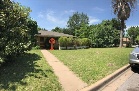 Photo of 1705 E 38th St, Austin, TX 78722