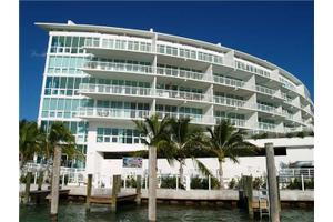 Aqua Ave Ph Miami Beach Fl