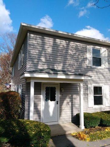 29 Heron Way N, Fairport, NY 14450