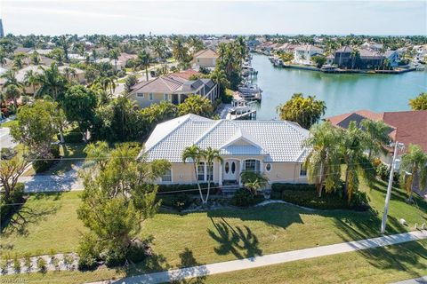 Photo of 595 Tigertail Ct, Marco Island, FL 34145