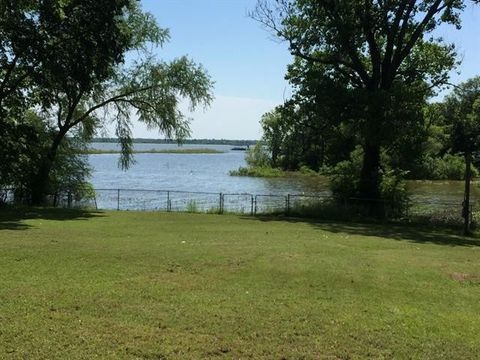 Waterfront Homes for Sale in West Tawakoni, TX - realtor com®