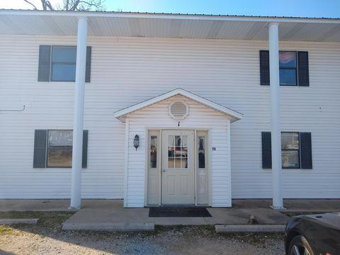 Photo of 111 Elm St Apt 3, Washburn, MO 65772