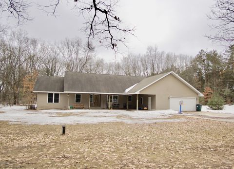 Photo of 5417 E Holton Whitehall Rd, Holton, MI 49425