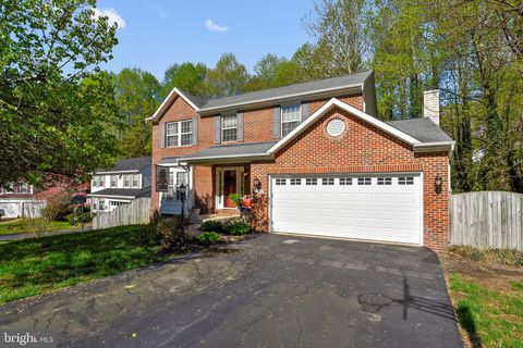 Photo of 4232 Avon Dr, Dumfries, VA 22025