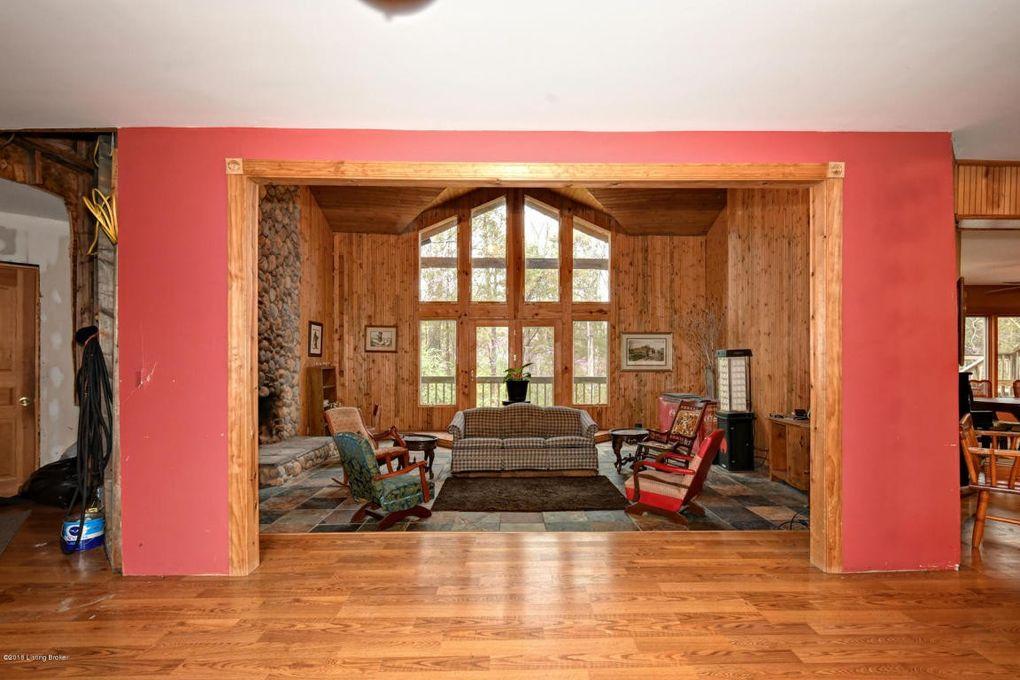 375 Wood Valley Ln Louisville Ky 40299 Realtor