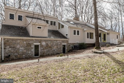 Photo of 122 Clearview Dr, Clear Brook, VA 22624
