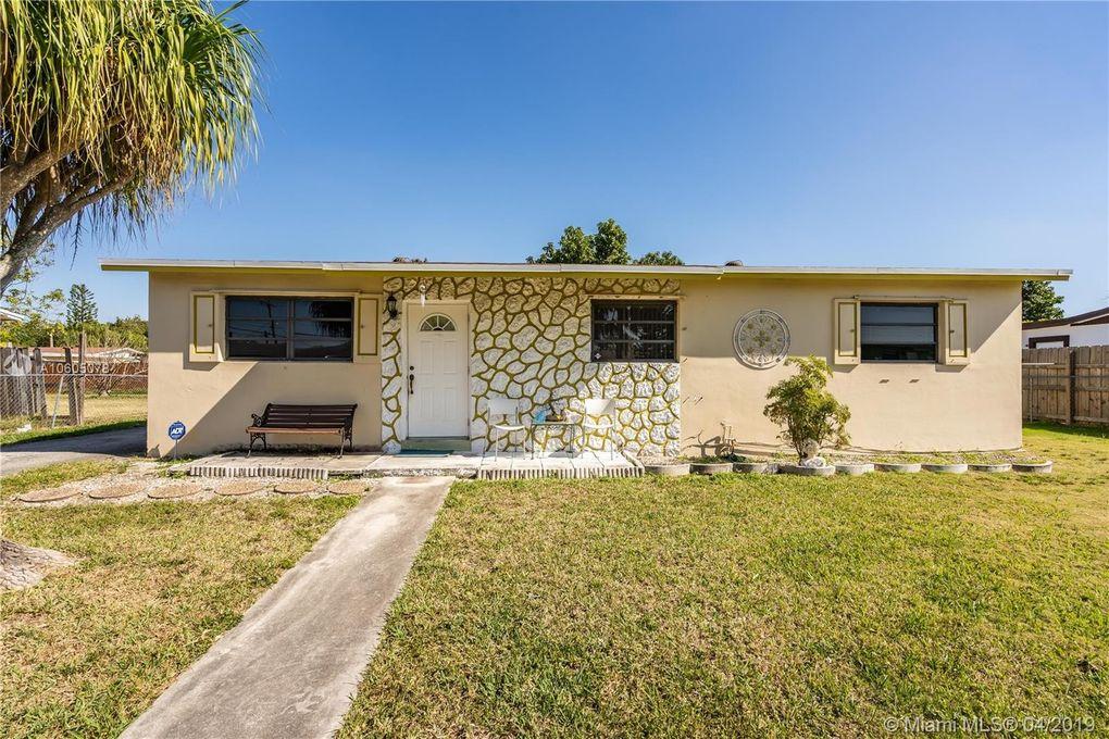 20111 Sw 114th Ave, Miami, FL 33189