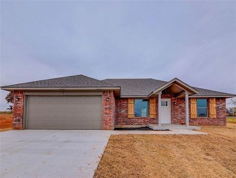 15945 209th St, Purcell, OK 73080