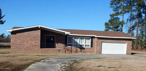 716 S Wilkes St, Chadbourn, NC 28431