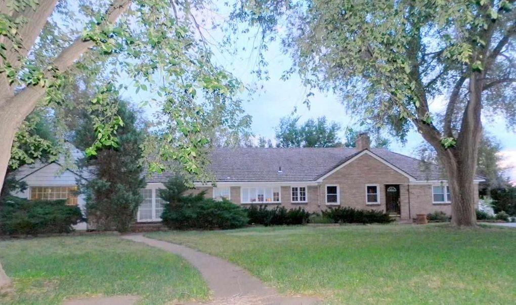 205 W La Mesa Dr, Dodge City, KS 67801 - realtor.com®