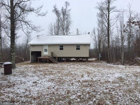 Photo of 72237 Markville Rd, Sandstone, MN 55072