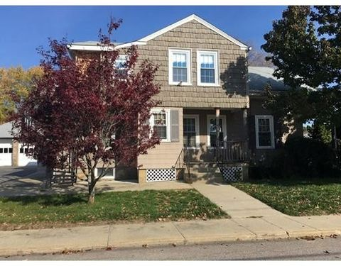 18 Kanatha St Unit 1, Blackstone, MA 01504