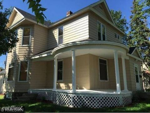 Photo of 391 4th Ave S, Saint Cloud, MN 56301