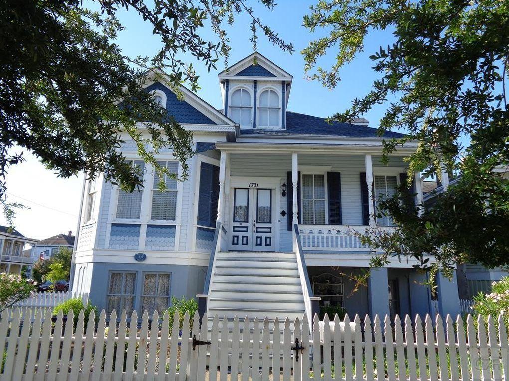 1701 Winnie St, Galveston, TX 77550