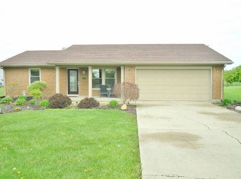 107 Sunset Shrs, Kendallville, IN 46755