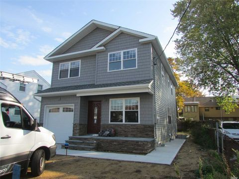 Photo of 94 Allers Blvd, Roosevelt, NY 11575