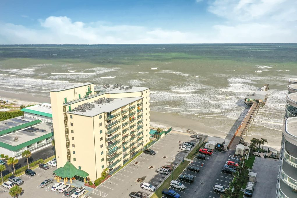3647 S Atlantic Ave Unit 8B Daytona Beach Shores, FL 32118