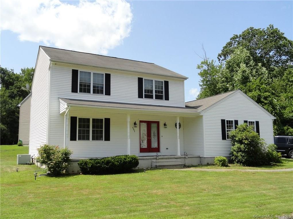 551 Wood Duck Dr Torrington, CT 06790