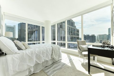 Photo of 1 Franklin St Unit 2110, Boston, MA 02110