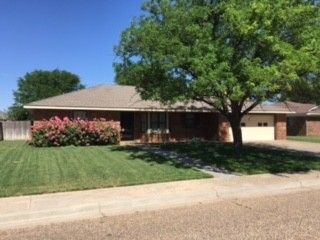 321 Elm St, Hereford, TX 79045