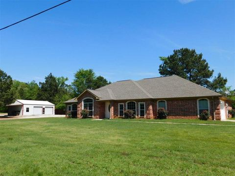 Photo of 4543 Harris Lake Rd, Marshall, TX 75672